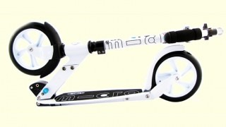 Is The Micro White or Micro Black Adult Kick Scooter A Good Buy?