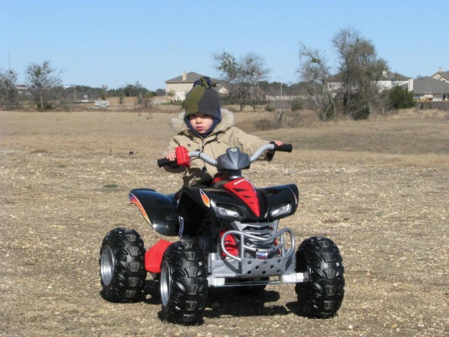 Fisher Price Power Wheels Hot Wheels Kawasaki KFX Quad Kids Electric Ride-On