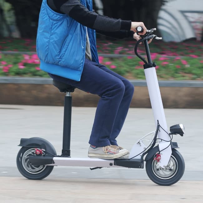 15 Reasons To Consider Buying An Electric Scooter For ...
