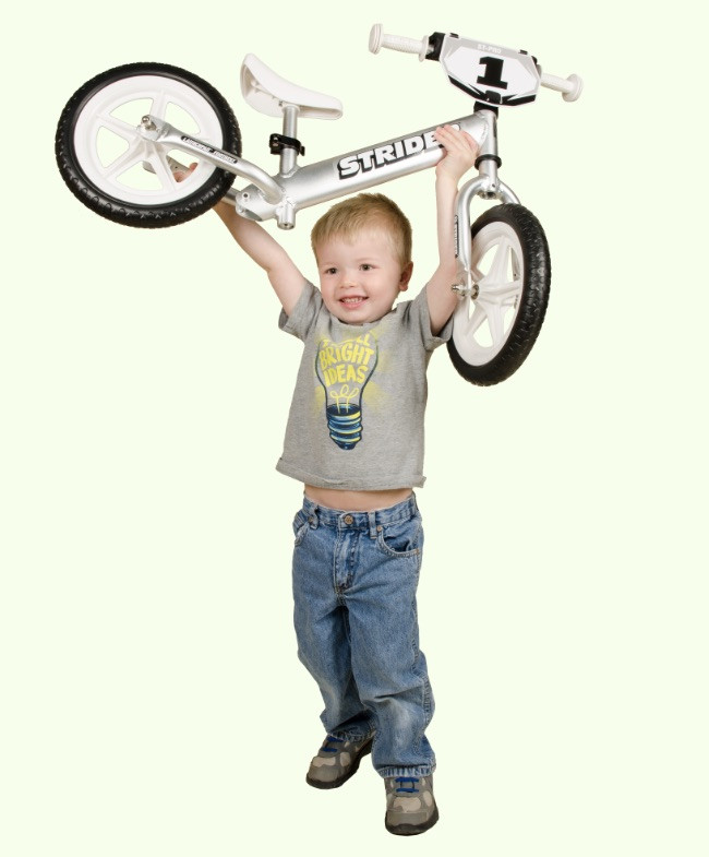 Strider 12 Pro No-Pedal Balance Bike Review Lightweight For Toddlers